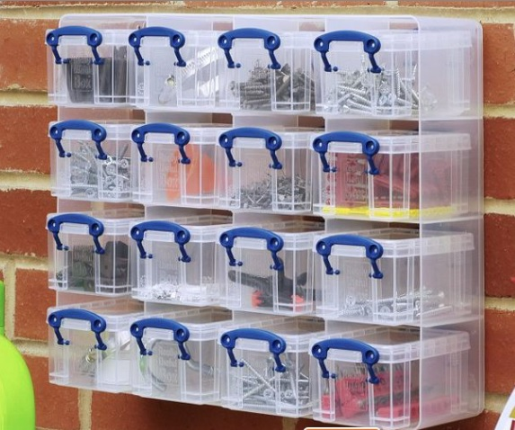 Containers to keep your garage organised